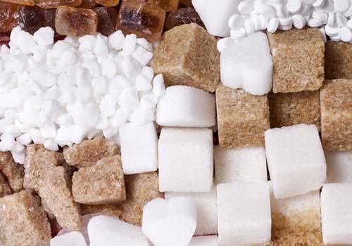 Ką rinktis – cukrų ar saldiklius?