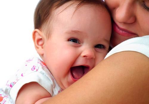 Atmintinė tėvams, jei mažylis susitrenkė galvą