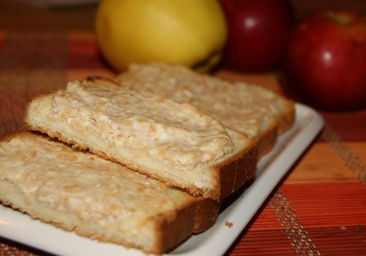 Karšti sumuštiniai su obuoliais ir varške