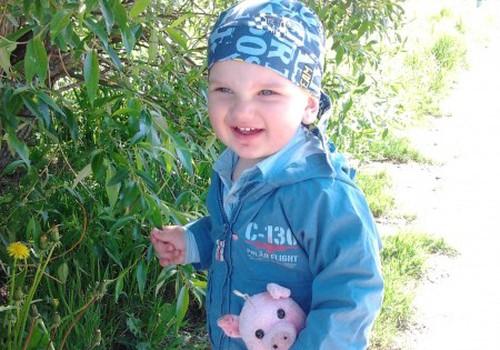 Prašome pagalbos - sūnui reikalinga kochlearinė implantacija