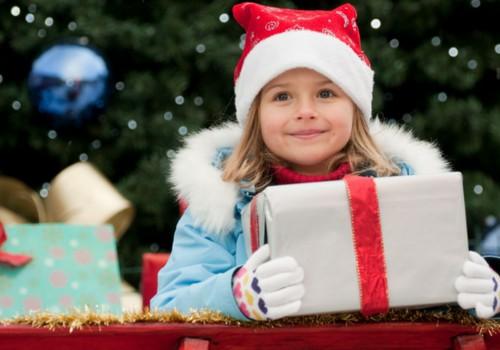 10 patarimų, kaip išrinkti vaikams saugias kalėdines dovanas