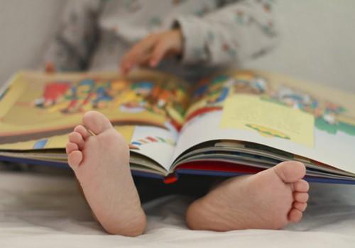 Vaikas nenori skaityti? 6 patarimai, kaip sudominti
