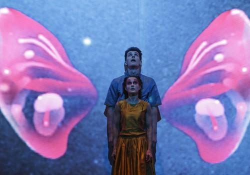 """Jaunimo teatro spektaklis """"Coliukė""""  - šių dienų vaiko akimis"""