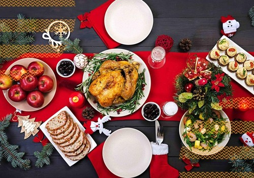 Kaip nepersivalgyti per šventes:mitybos ekspertų patarimai