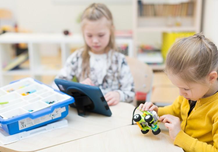 Išmaniosios technologijos šiuolaikiniams vaikams - būtina!