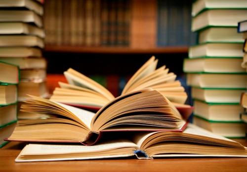 Knygos, knygos ir dar kartą knygos