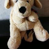 O čia Jonuko šuniukas/kuprinė. Sakė dėsis žaisliukus :)