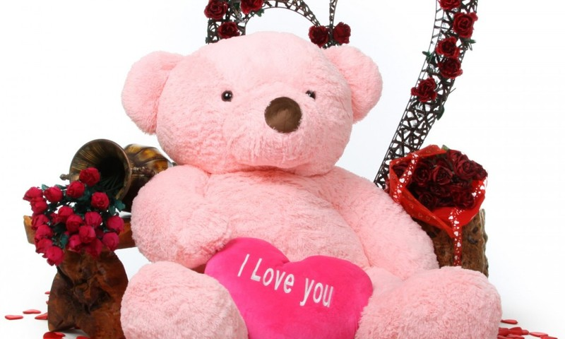 Valentino diena svarbesnė vyrams, bet dovanas dažniau perka moterys