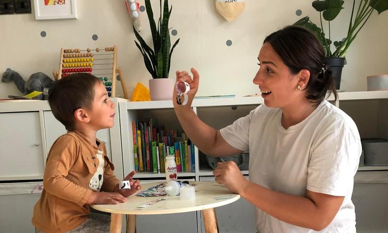 Londone gyvenanti Gintarė Valeikaitė pasakoja: ,,Vaikai darželius čia pradeda lankyti ganėtinai anksti''