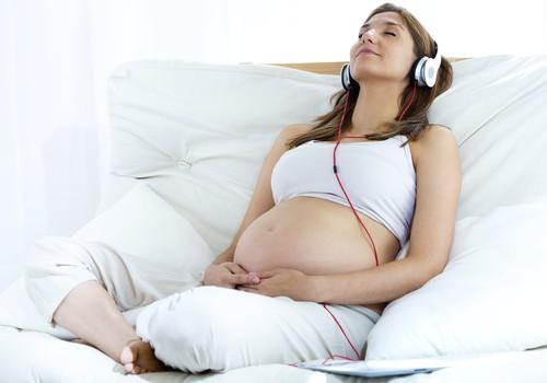 Nėštukės, kokią muziką klausotės? Rekomenduojamas sąrašas