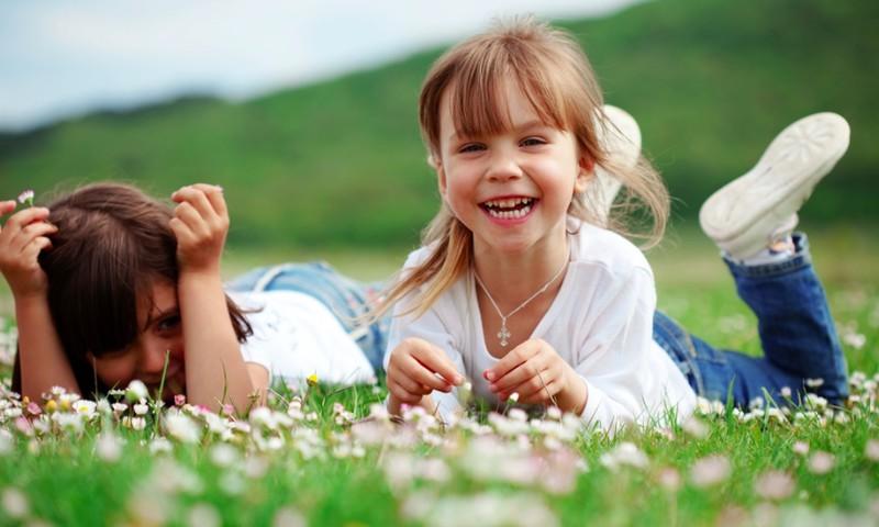 Mylėkime ir saugokime ne tik savo vaikus! Su Tarptautine vaikų gynimo diena!