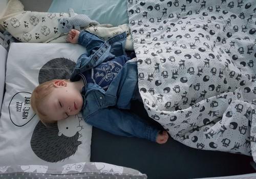 Ką daryti, kad vaikas miegotų pietų miego darželyje?