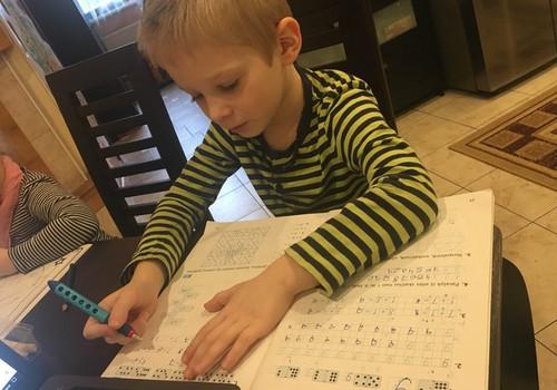 Kaip sumažinti pirmokėlio stresą prieš mokyklą?