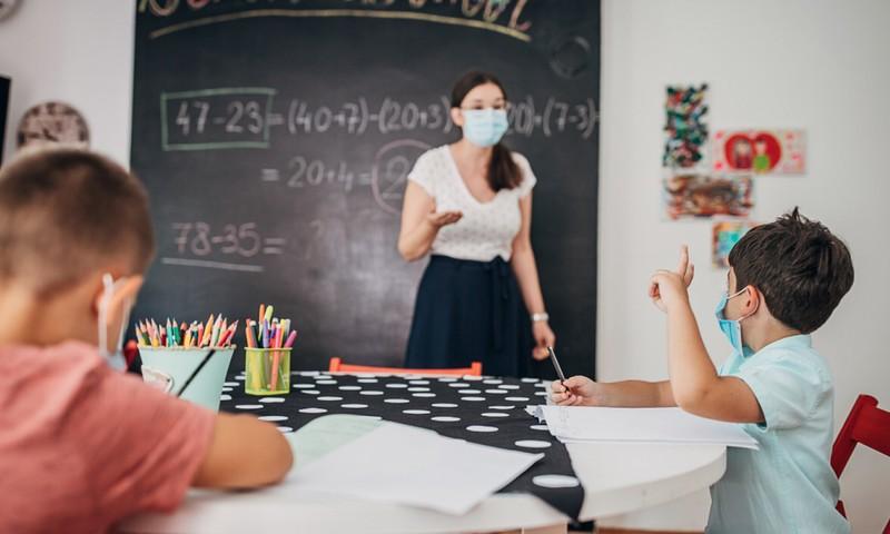Rugsėjo 1-ąją visi moksleiviai sugrįš į klases + saugumo reikalavimai
