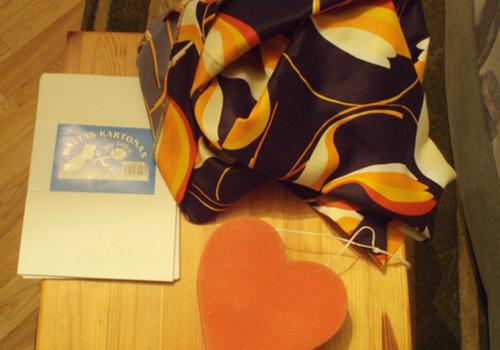 Auskarų pagalvėlė