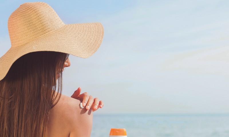 Dermatovenerologė: Besaikis deginimasis gali pasendinti 10 metų