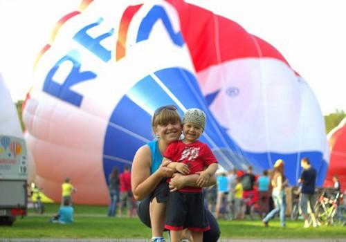 Oro balionų apsuptyje