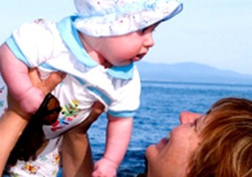 Kaip geriausiai grūdinti mažylį?