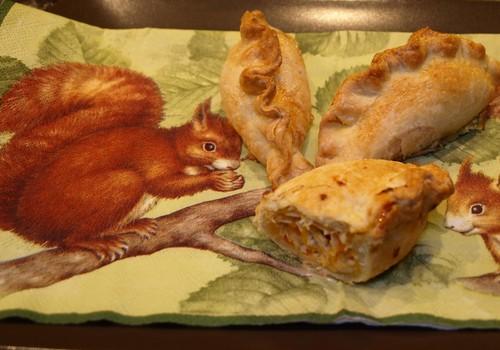 Receptas: ypatingai skanūs pyragėliai su vištiena