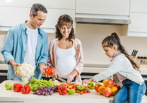 Vitaminai: kaip suprantamai paaiškinti vaikams, kas tai?