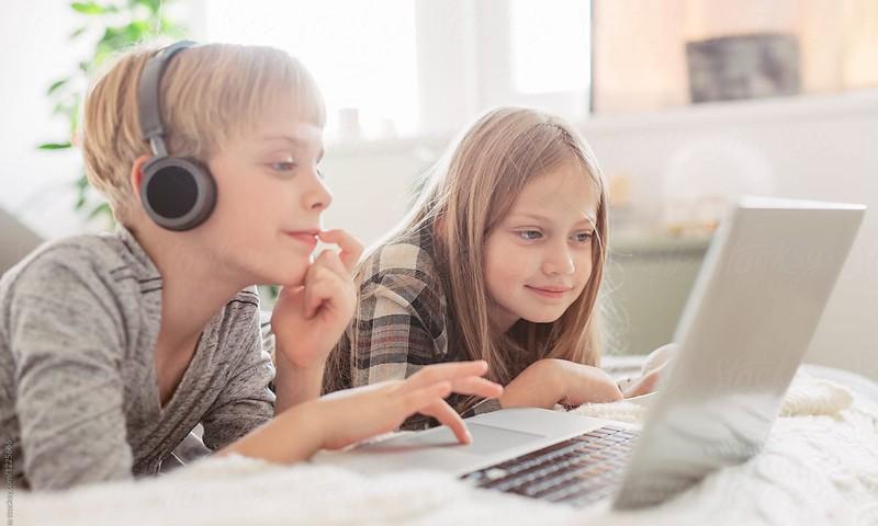 Saugesnio interneto savaitė: ką daryti, kad vaikai internete būtų saugūs + RENGINIAI