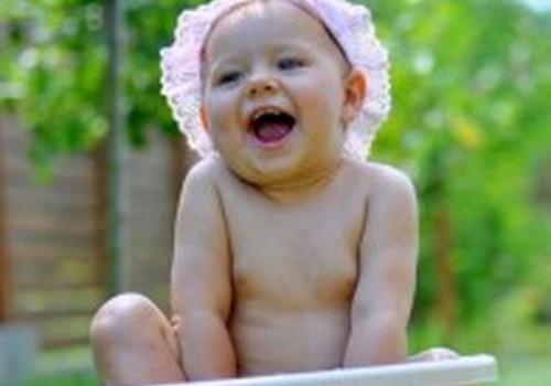 Kokios buvo tavo vaikučio pirmosios maudynės? Atsiųsk reportažą!