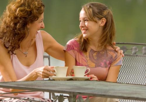 Kaip padėti paaugliui pamilti save? Konsultuoja psichologė Aistė Jasaitytė