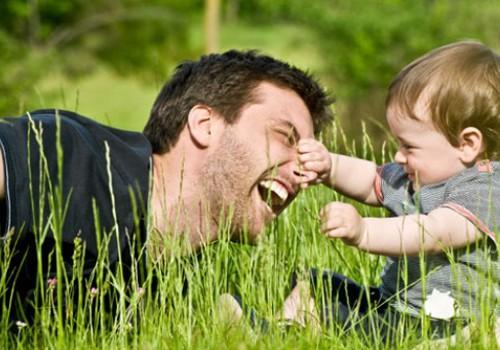 """Dalyvauk projekte """"Geriausias tėtis"""" ir laimėk pietus restorane """"FORTAS""""! Paskutinė diena!"""