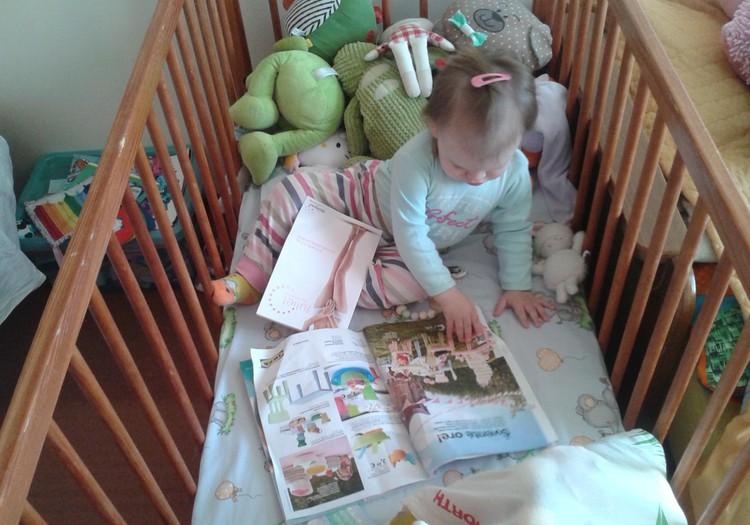 Labai mėgstu vartyti knygeles,žurnalus;)