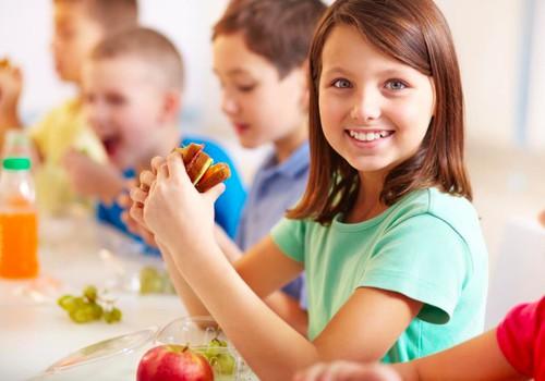 Pokyčiai moksleivių lėkštėse: ką vertėtų žinoti tėvams?