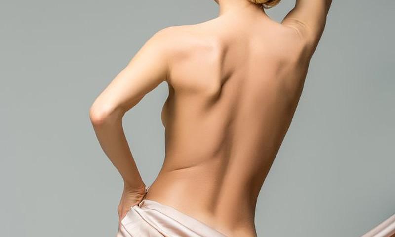 Intymi moterų zona – kada ir kodėl jos renkasi lytinių organų plastines operacijas?