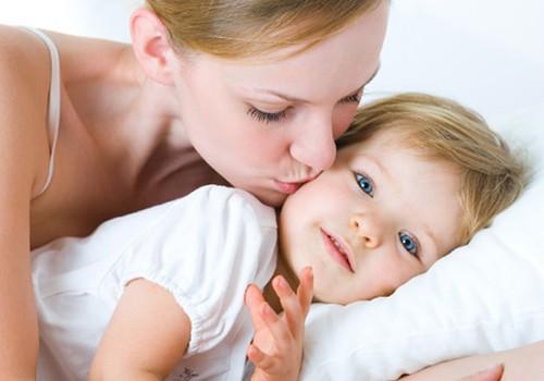Ar reikia dažnai bučiuoti savo vaikus? Pasikalbėkime apie tai laidoje!