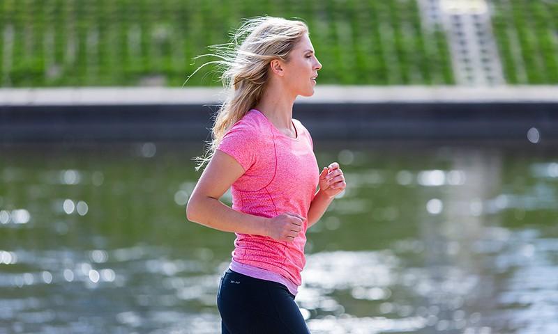 Po gimdymo susigrąžinti figūrą padės bėgiojimas