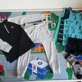 Sportiniai komplektukai, palaidinės ilgomis rankovėmis, apatiniai rūbeliai.