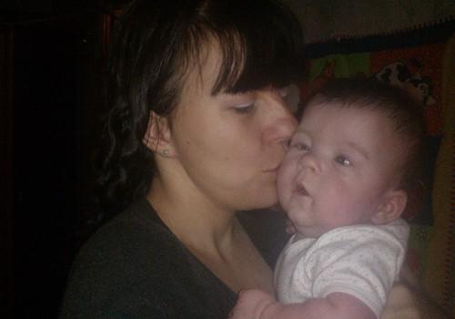 labEsu dveju vaiku mama man reike pagalbos finansiskai paramos dukrele7menesu ira sunelis 1metuku sun ku man ai trusta misinelu papersu saisluku
