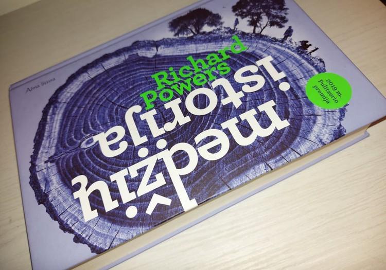 """Apie Richard Powers knygą """"Medžių istorija""""(2019 m.)"""