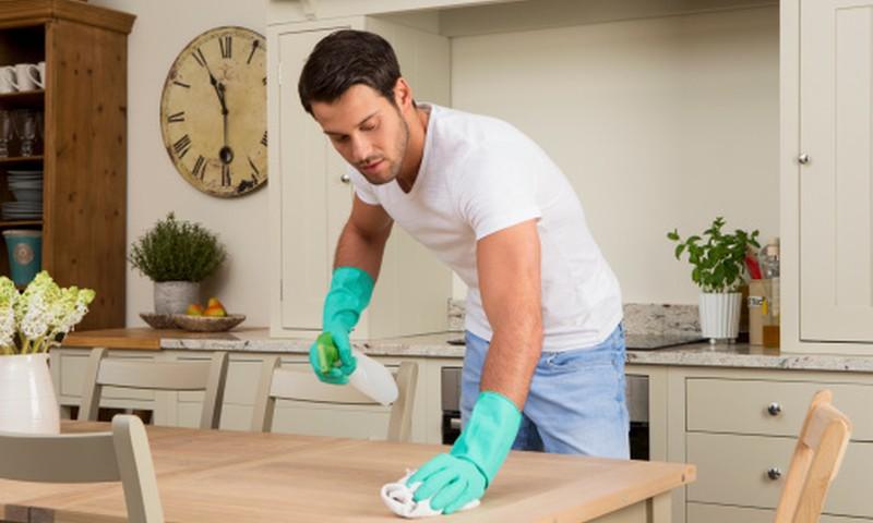 Sąrašas būsimam tėčiui: kaip paruošti namus prieš parsivežant naujagimį?