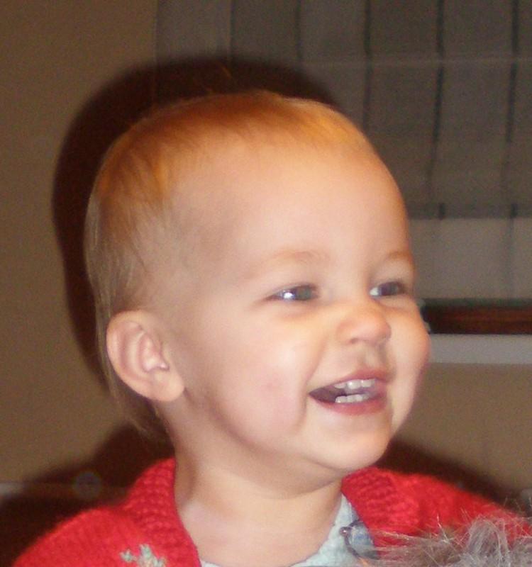 Ar reikalingas fluoras vaikiškoje dantų pastoje?