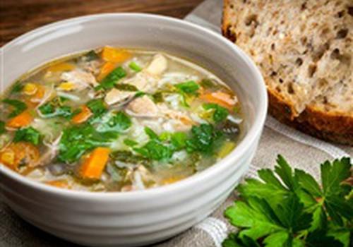 Žiemą nesusirgti padės ir tinkama mityba + sultinio receptas