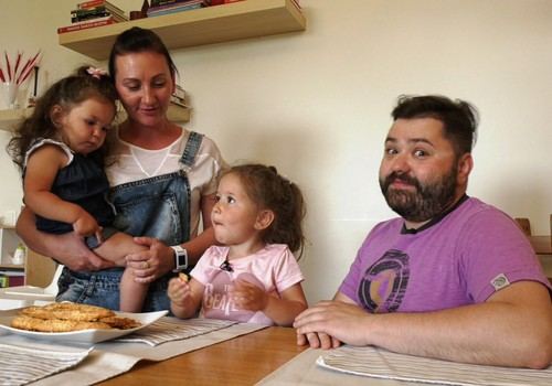 """VIDEO """"Gaminame su vaikais"""": Apie tėvystę - Rafailo Karpio virtuvėje"""