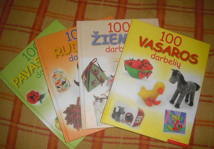:) Keturios knygutes :)