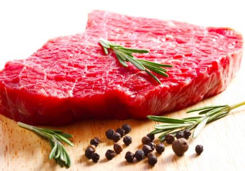 Kokią mėsą rinktis: baltą ar raudoną, užšaldytą ir atšildytą?