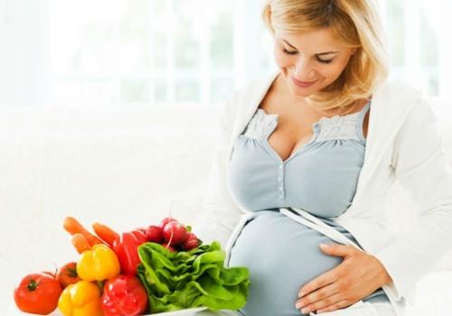 Besilaukiančios moterys per mažai valgo jautienos ir daržovių