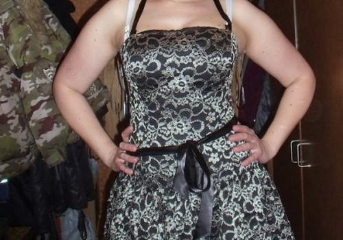 Suknelė, sijonas ar kelnės?