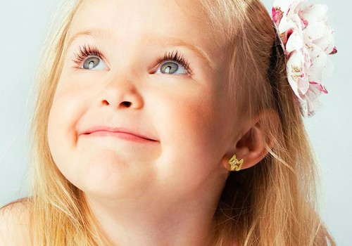 Ką būtina žinoti, nusprendus vaikui įverti auskariukus