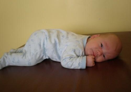 Ar jūs nešiojate savo kūdikius nešioklėje?