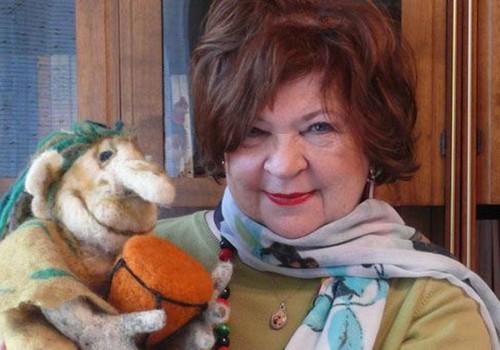 """Poetė Violeta Palčinskaitė: """"Mano vaikystės kambaryje buvo daug tėvų meilės, todėl ir daug džiaugsmo"""""""