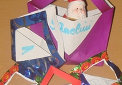 Origami: kalėdinis krepšelis