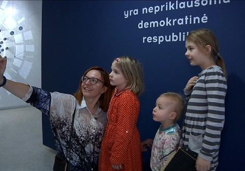 VIDEO: Godos šeimos viešnagė Valstybės pažinimo centre
