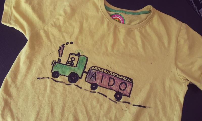 Pasidaryk pats - dekoruojam marškinėlius